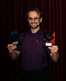 Quintus recieves two trophies